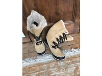Sorel waterproof uk 9 or 8.5 warm and great looking boots from USA