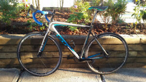 Brand new GT Full carbon road bike with SRAM Rival 2x11