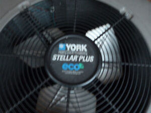 YORK AIR CONDITIONER 2.5 TON ABP COIL 13 SEER MODEL R-410-A