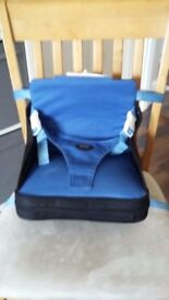 Compact folding booster seat