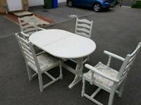 Shabby Chic extending Dining Table. 4 Chairs. Seats between 6 and 8