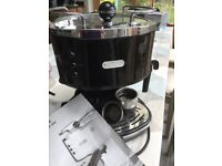 DeLonghi Coffee Maker/Machine with milk frother attachment