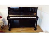 Piano - Upright Yamaha P121