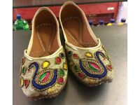 Brand New Traditional style pakistani / indian khussa shoes Women