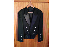 Black Prince Charlie kilt jacket with 3 & 5 button waistcoats, 38L, UK-made, brand new and unworn