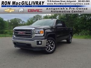 2015 GMC Sierra 1500 SLE..Low Kms, 5.3L..Back up Camera