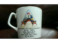 Mug to commemorate moon landing