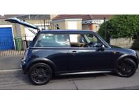 IMMACULATE 2004 MINI ONE D 1.4 - Colour Astro Black Metallic - Interior beige/black leather - Diesel