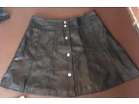 Outer edge real leather skirt