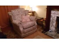 FOR SALE - LIVING ROOM EASY CHAIR