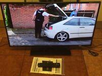"""NEW CONDITION,40""""BUSH LED+DVD INBUILT HDTV"""