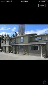 4-bedroom 2.5 bathroom house for rent in Penticton
