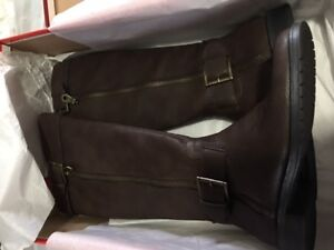 Tall Boots - expandable Brown color