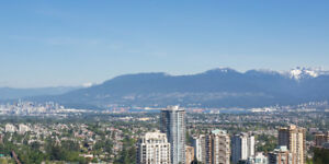 *METROTOWN* 2 bed condo with 270 panoramic view!!
