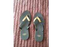 Brand new UGG flip flops size 4