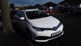UBER / MINICAB READY PCO HYBRID, TOYOTA AURIS TOURING SPORTS 2017 PLATE FOR RENT FROM £140 / WEEK