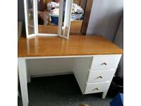 Makeup table Dresser table