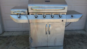 COMMERCIAL INFRARED CHARBROIL GAS BBQ