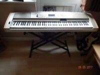 Yamaha DGX500 keyboard