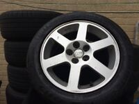 Toyota avensis CDX alloys wheels
