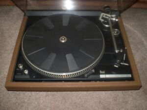 DUAL 604 ELECTRONIC DIRICT DRIVE TURNTABLE 1977