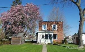 Homes for Sale in Wallaceburg, Ontario $184,900