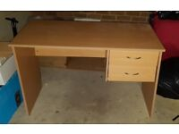 Desk 2 drawers perfect conditions