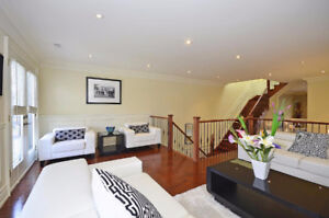 FABULOUS 5 BEDROOM AVENUE LAWRENCE DETACHED HOME