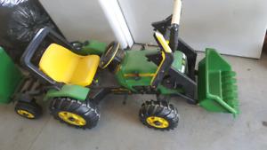 John Deere peddle tractor