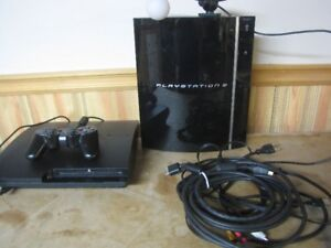 2 PLAYSTATION 3 AND 17 GAMES