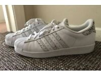 Adidas Superstar - UK9