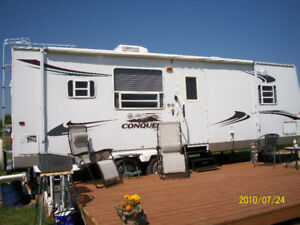 26FT Gulf Stream Conquest Travel Trailer