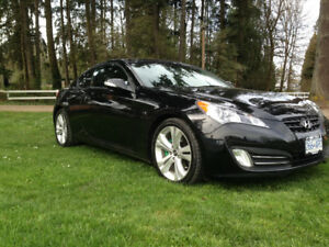 2012 Hyundai Genesis Coupe 3.8 Coupe (2 door)