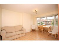 A New 3 double bedroom flat for Rent in North West London / Cricklewood for £450 per week