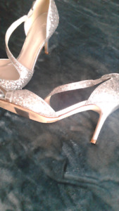 Very pretty silver shoes worn once