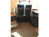 Pair of Active Mackie 450 speakers + 2 spares or repairs