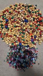 LARGE BEAD COLLECTION