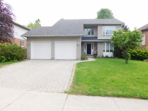 Lovely 4 beds + 4 baths house with double garage for rent
