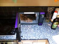 Microwave 750-800W Morphy and Richards