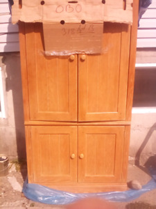 Tallbot/Hutch for sale