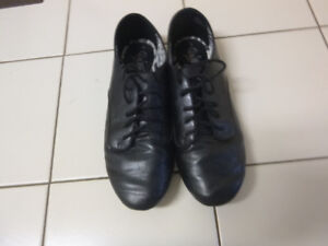 Womens Shoe 8m.