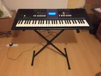 Yamaha PSR-E423 Keyboard / pre-used in excellent conditions