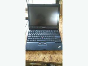 Lenovo Think Pad x200 4gb Win 10