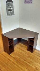 Moving sale: Barely used IKEA corner desk