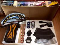 Large scalextric set with 2 cars and bridge (for decoration)