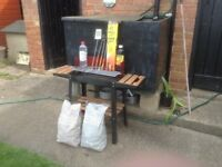 SMALL BARBEQUE WITH ACCESSORIES