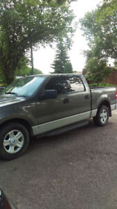 2004 Ford F-150 SuperCrew Pickup Truck. $4300