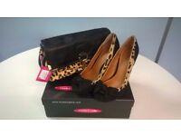 Beautiful Moda in Pelle Stiletto Court shoes size5