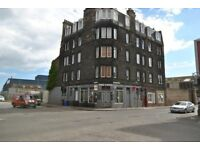 3 bedroom unfurnished flat to rent on Salamander Street in Leith