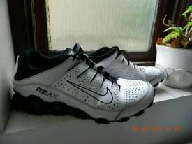 Nike trainers shoes size 9